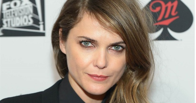 What nationality is Keri Russell?